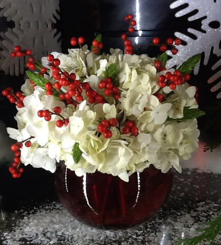 dec-hol-xmasflowers1-435.jpg